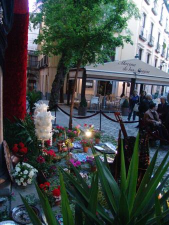 Cofradía Borriquilla Granada: Cruz de Mayo 2012