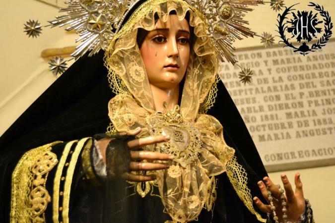 Cofradía Borriquilla Granada: NUESTRA SEÑORA DE LA PAZ VESTIDA DE LUTO 2013
