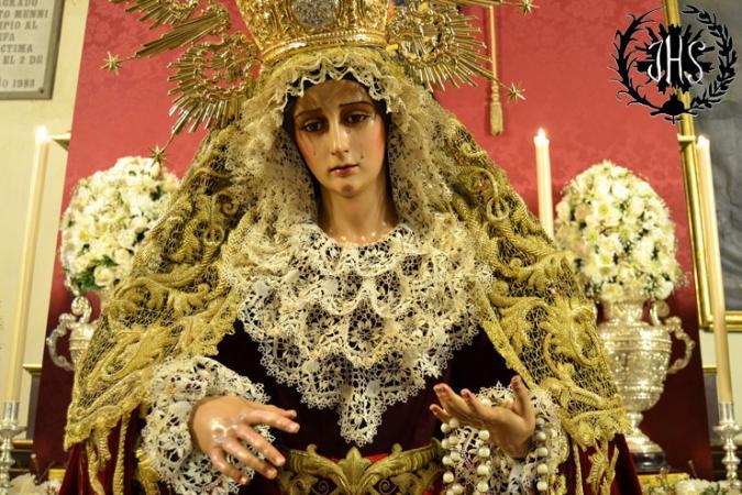 Cofradía Borriquilla Granada: DEVOTO BESAMANOS EN HONOR A NUESTRA SEÑORA DE LA PAZ EN SU FESTIVIDAD 2014