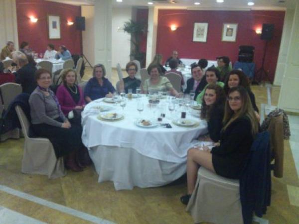 Cofradía Borriquilla Granada: Cena Solidaria 23/11/12
