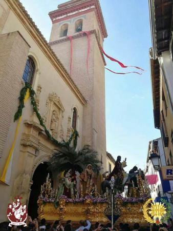 Cofradía Borriquilla Granada: JESÚS DE LA ENTRADA EN JERUSALÉN SALIÓ DESDE SU SEDE PARA BENDECIR A GRANADA EN EL AÑO DE SU CENTENARIO