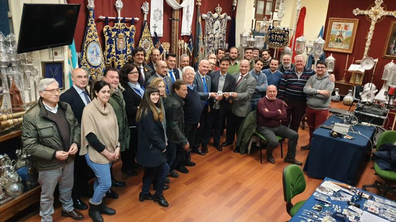 Cofradía Borriquilla Granada: ENTREGA DE LA LLAVE A SANTA MARÍA DE LA ALHAMBRA 2019