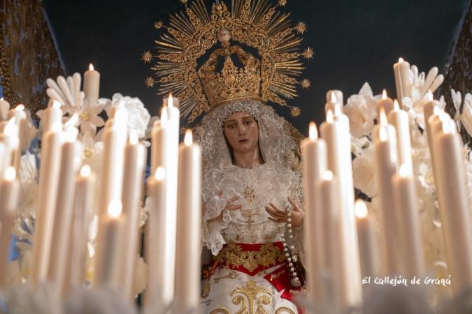 Cofradía Borriquilla Granada: RECOGIDA DE CERA DEL PALIO DE NUESTRA SEÑORA DE LA PAZ