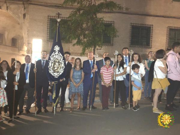 Cofradía Borriquilla Granada: SALIDA EXTRAORDINARIA DE MARÍA SANTÍSIMA DE LA AURORA CORONADA