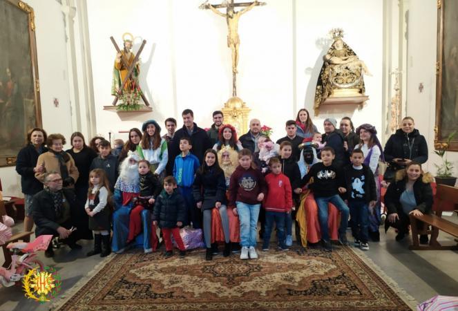 Cofradía Borriquilla Granada: ¡FELIZ DÍA DE LOS REYES MAGOS! GRACIAS POR TANTA SOLIDARIDAD