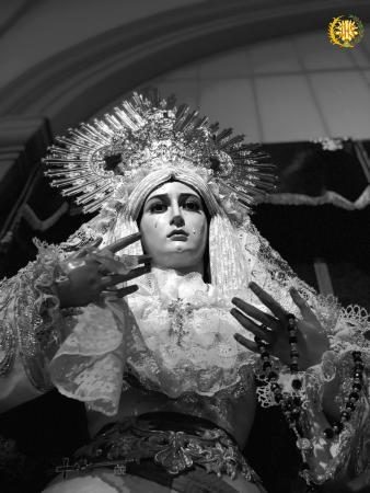 Cofradía Borriquilla Granada: NTRA. SRA. DE LA PAZ ASÍ SE PRESENTA PARA LA CELEBRACIÓN DE LA PURÍSIMA CONCEPCIÓN: SINE LABE CONCEPTA