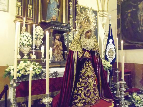 Cofradía Borriquilla Granada: Besamanos a la Virgen de la Paz en el 2013