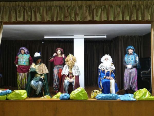 Cofradía Borriquilla Granada: SUS MAJESTADES DE ORIENTE VISITARÁN SAN ANDRÉS EL PRÓXIMO DÍA 5 A LAS 12 HORAS