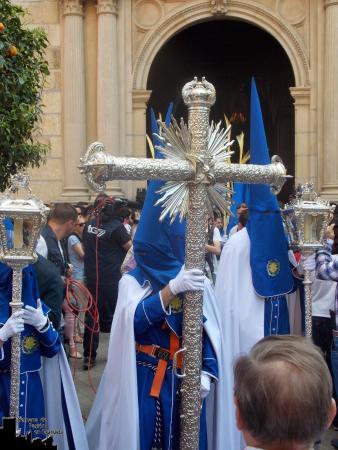 Cofradía Borriquilla Granada: ¿QUIERES TENER TU HÁBITO DE NAZARENO EN PROPIEDAD? ESTE ES EL MOMENTO
