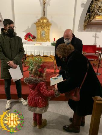 """Cofradía Borriquilla Granada: ENTREGA DE LOS PREMIOS DEL CONCURSO FAMILIAR """"BELÉN EN CASA"""""""
